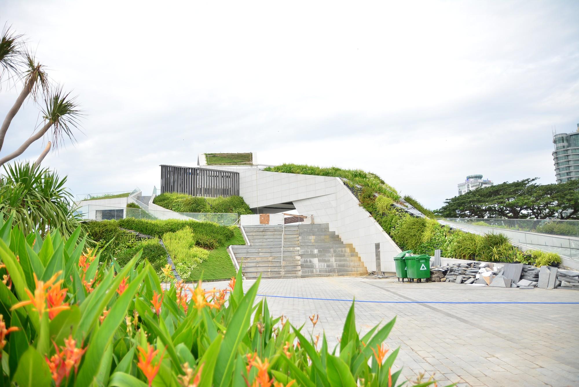 Vụ tạm dừng dự án Marina Complex ở Đà Nẵng: Cận cảnh những công trình, dự án dọc hai bờ sông Hàn hiện nay - Ảnh 18.