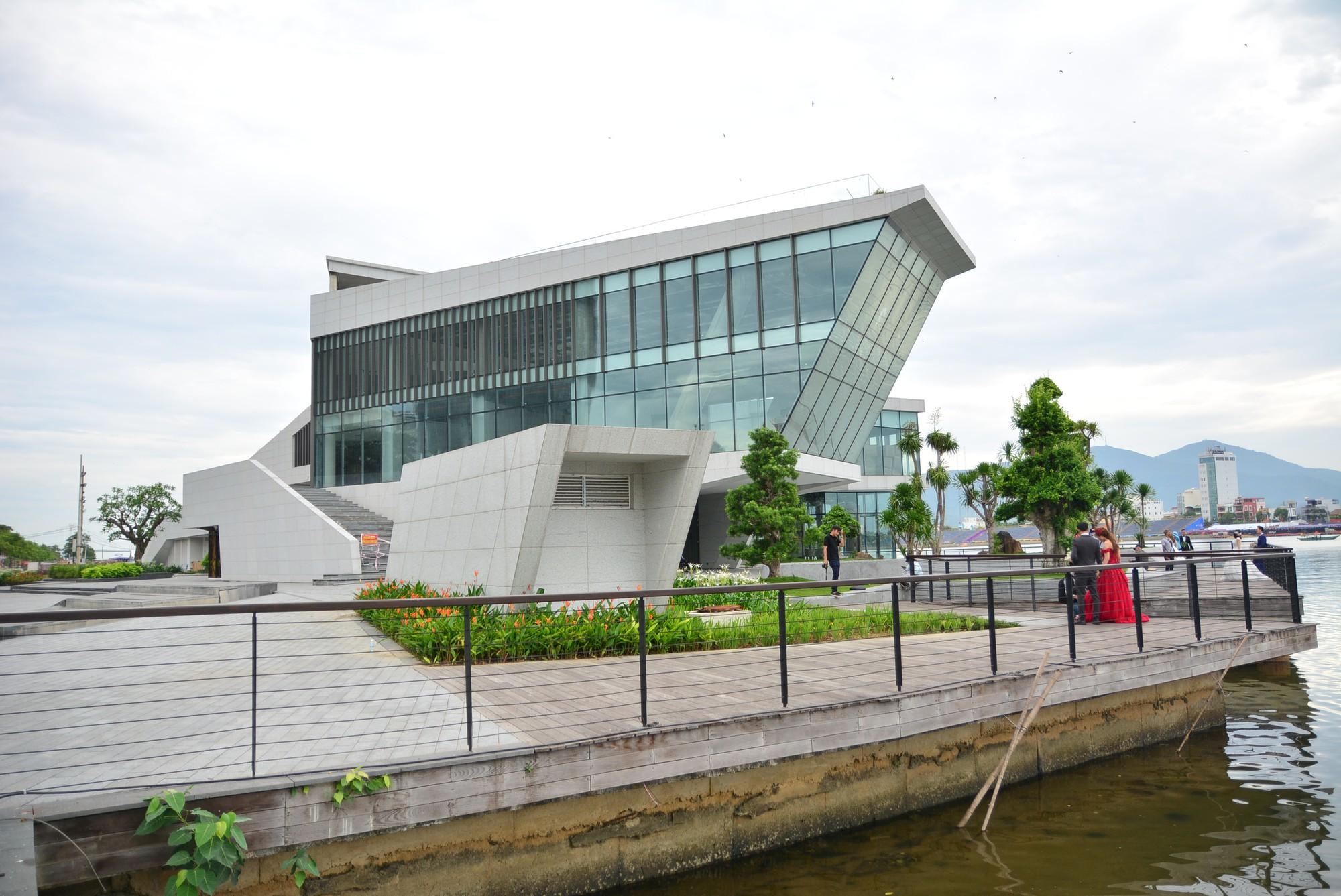 Vụ tạm dừng dự án Marina Complex ở Đà Nẵng: Cận cảnh những công trình, dự án dọc hai bờ sông Hàn hiện nay - Ảnh 15.