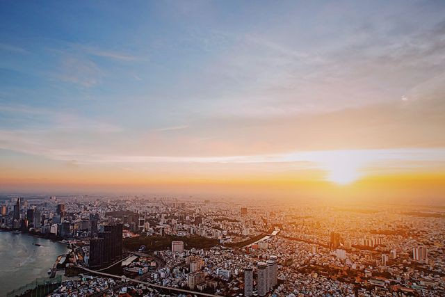 Hé lộ hình ảnh độc nhất vô nhị đầu tiên từ đài quan sát cao nhất Đông Nam Á giữa Sài Gòn - Ảnh 2.