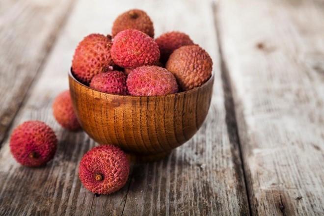 6 loại trái cây nên hạn chế ăn ngày nắng nóng - Ảnh 3.