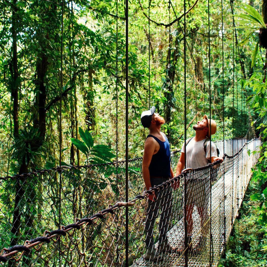 Gặp gỡ cặp đồng tính mê du lịch, mở blog chia sẻ trải nghiệm từng đi qua hơn 50 nước trên thế giới - Ảnh 3.