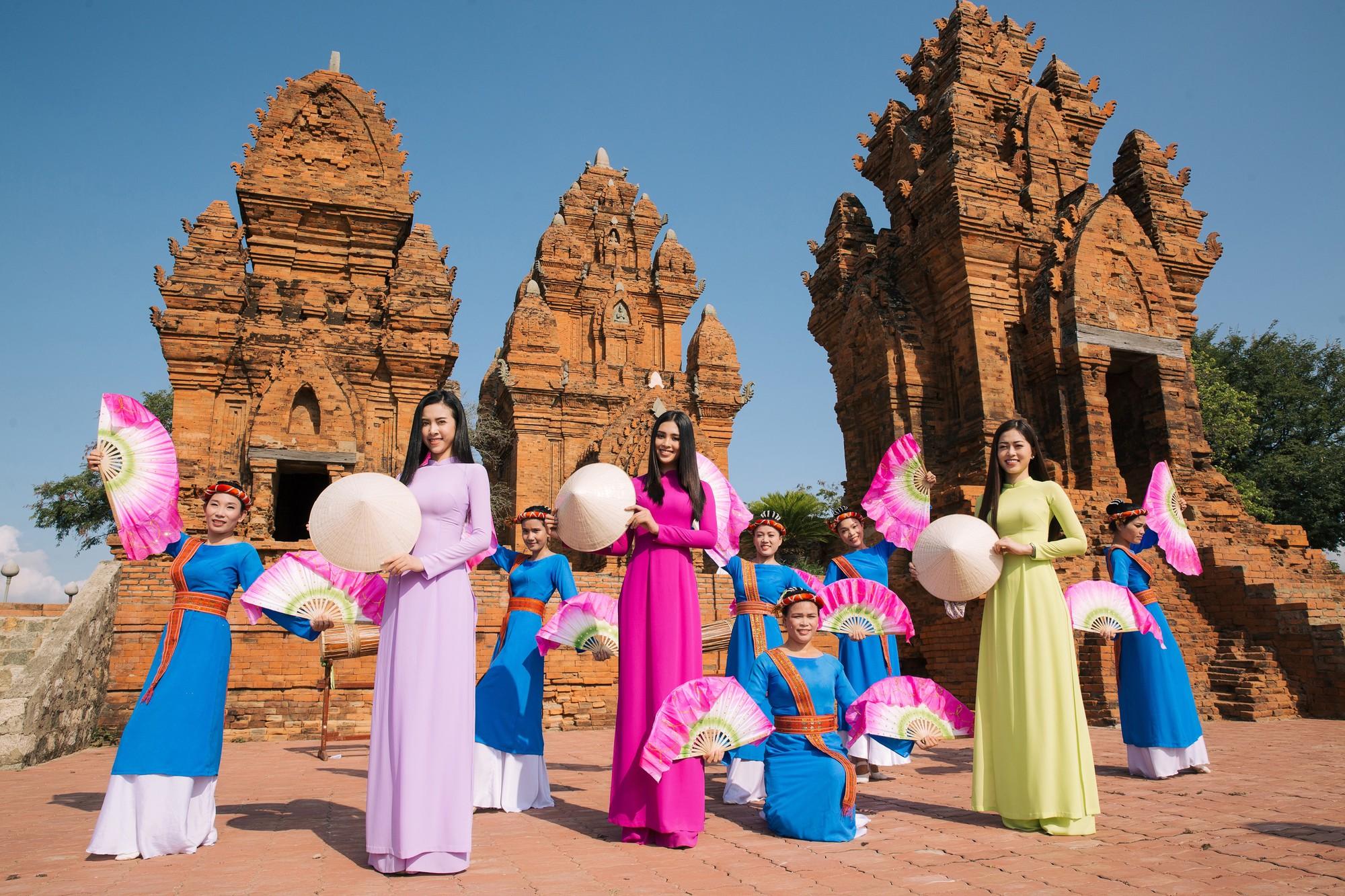 Top 3 Hoa hậu Việt Nam 2018 khám phá nắng gió Ninh Thuận - Ảnh 2.