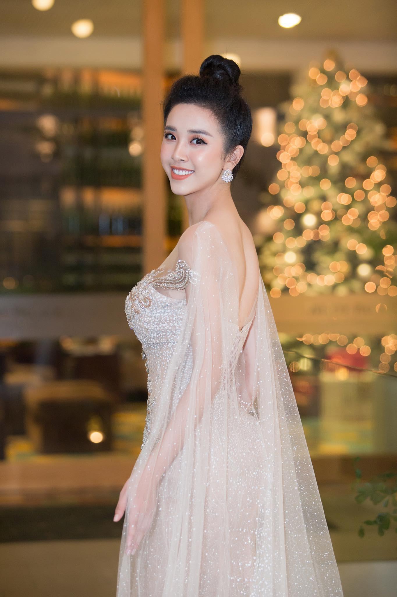Top 3 Hoa hậu Việt Nam 2018 thay đổi ra sao sau 1 năm đăng quang?  - Ảnh 17.