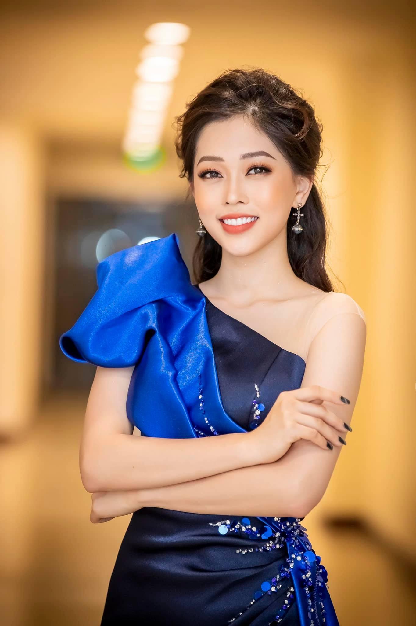 Top 3 Hoa hậu Việt Nam 2018 thay đổi ra sao sau 1 năm đăng quang?  - Ảnh 15.