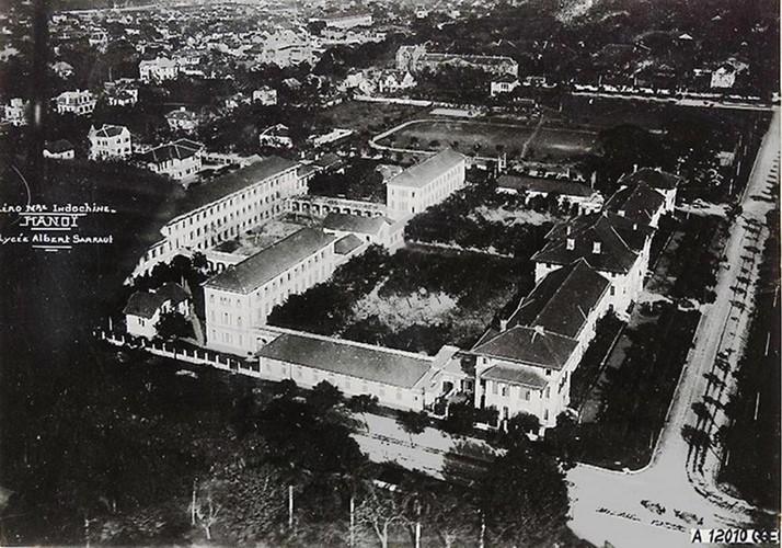 Ảnh độc trường Trung học nổi tiếng nhất Đông Dương ở Hà Nội - Ảnh 1.