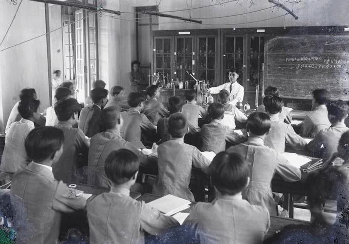 Ảnh độc trường Trung học nổi tiếng nhất Đông Dương ở Hà Nội - Ảnh 18.