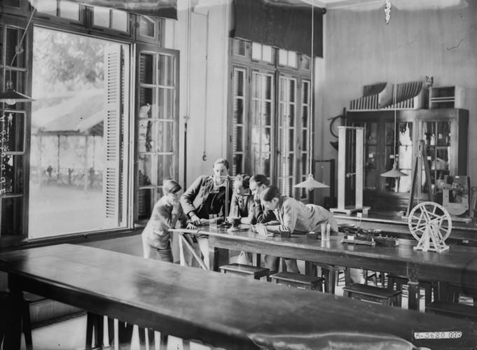 Ảnh độc trường Trung học nổi tiếng nhất Đông Dương ở Hà Nội - Ảnh 20.