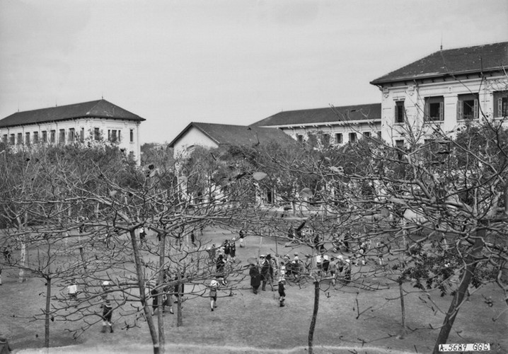 Ảnh độc trường Trung học nổi tiếng nhất Đông Dương ở Hà Nội - Ảnh 25.
