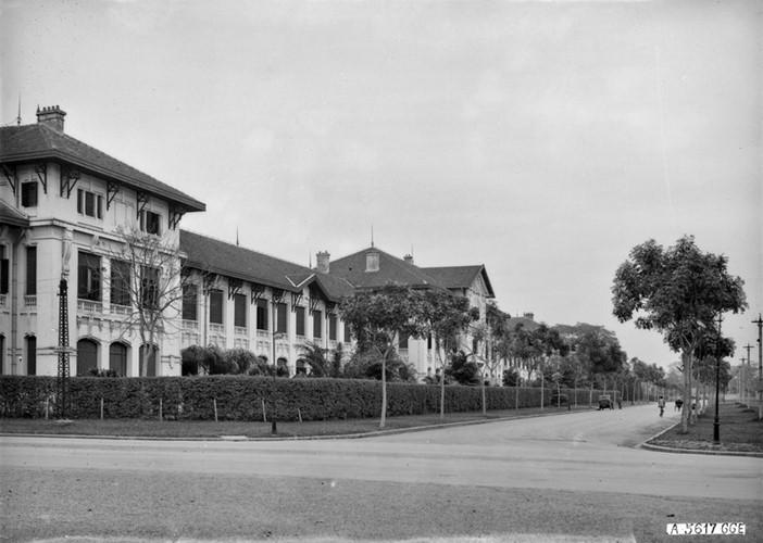 Ảnh độc trường Trung học nổi tiếng nhất Đông Dương ở Hà Nội - Ảnh 4.