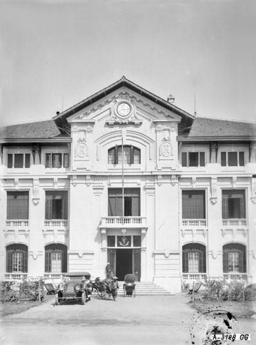 Ảnh độc trường Trung học nổi tiếng nhất Đông Dương ở Hà Nội - Ảnh 5.