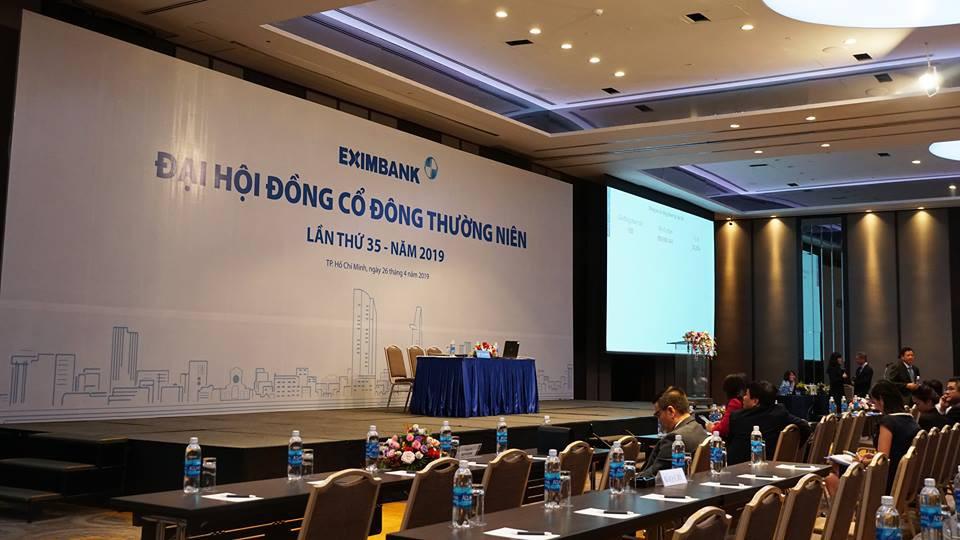 Đại hội đồng cổ đông Eximbank năm 2019: Liên tục dời thời gian chờ, cổ đông vẫn không đến dự - Ảnh 5.
