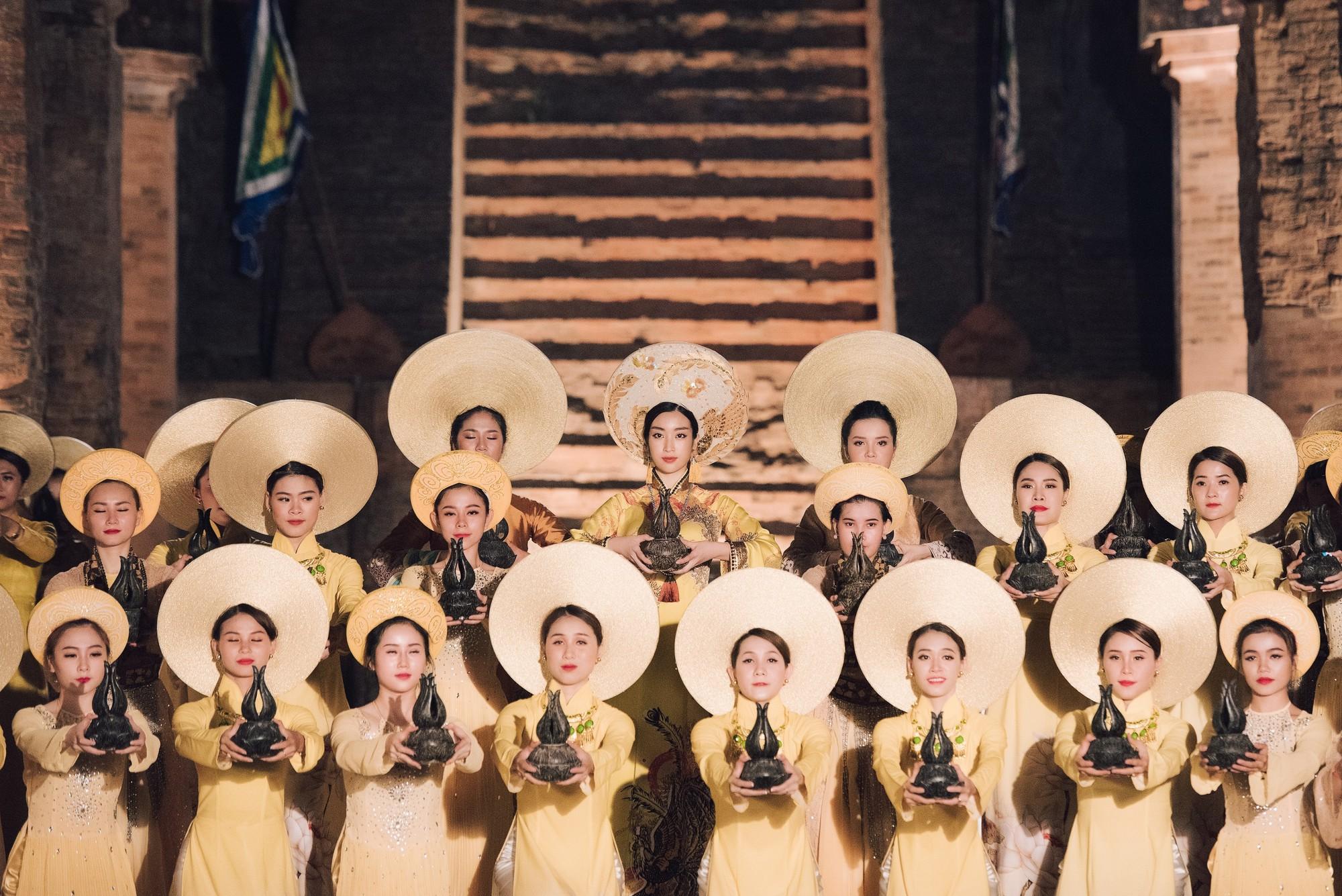 Đỗ Mỹ Linh trở thành đại sứ lễ hội Trầm hương Khánh Hòa - Ảnh 1.