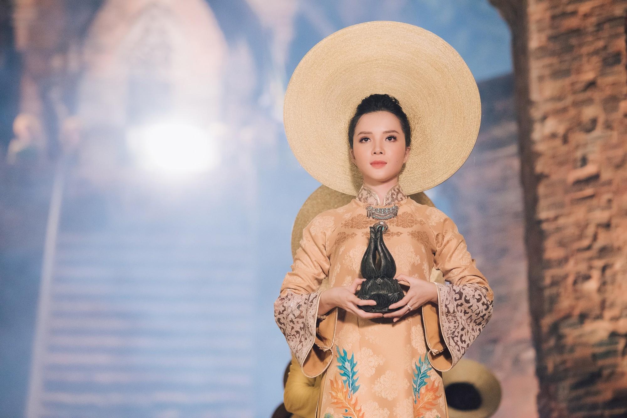 Đỗ Mỹ Linh trở thành đại sứ lễ hội Trầm hương Khánh Hòa - Ảnh 5.