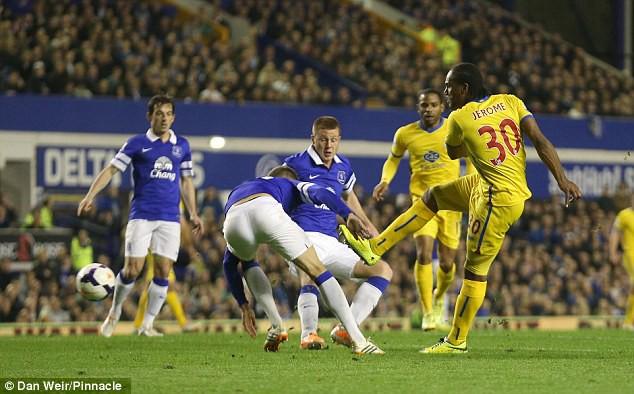 Nhận định Crystal Palace vs Everton (21h00 27/04): Vòng 36 giải Ngoại hạng Anh - Ảnh 1.