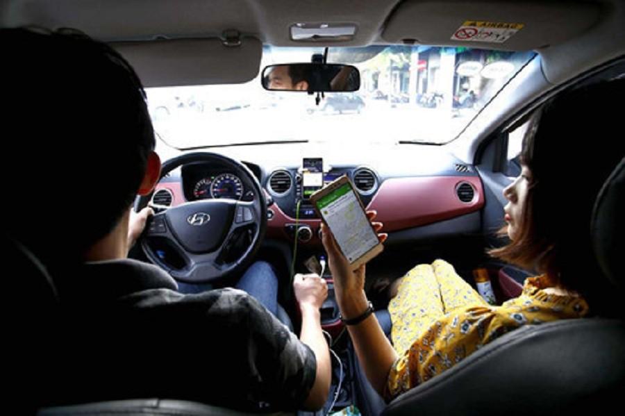 Yêu cầu xe taxi công nghệ phải sạch sẽ, không có mùi hôi  - Ảnh 1.