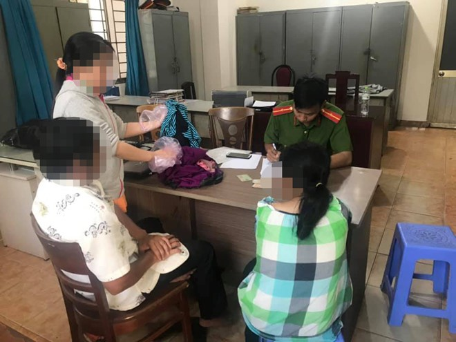 Tin tức pháp luật: Cho rằng gia đình bị làm nhục, vợ ông Nguyễn Hữu Linh tố cáo tới công an xong lại rút đơn - Ảnh 3.