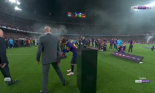 Messi ghi bàn giúp Barca vô địch sớm ba vòng - Ảnh 3.