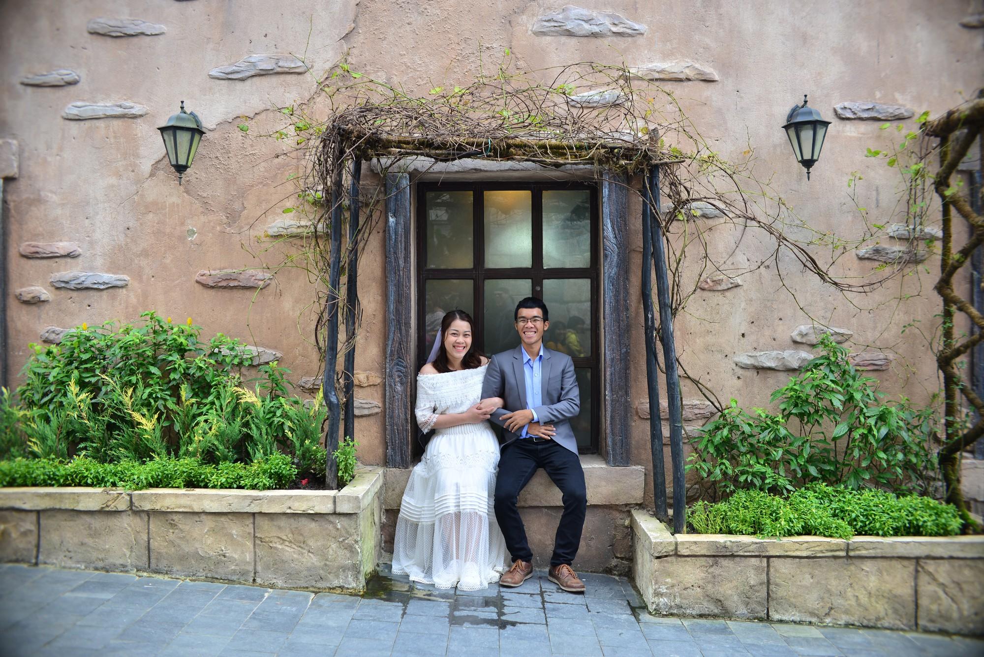 48 ngày đi khắp Việt Nam tự chụp ảnh cưới và câu chuyện tình đẹp như