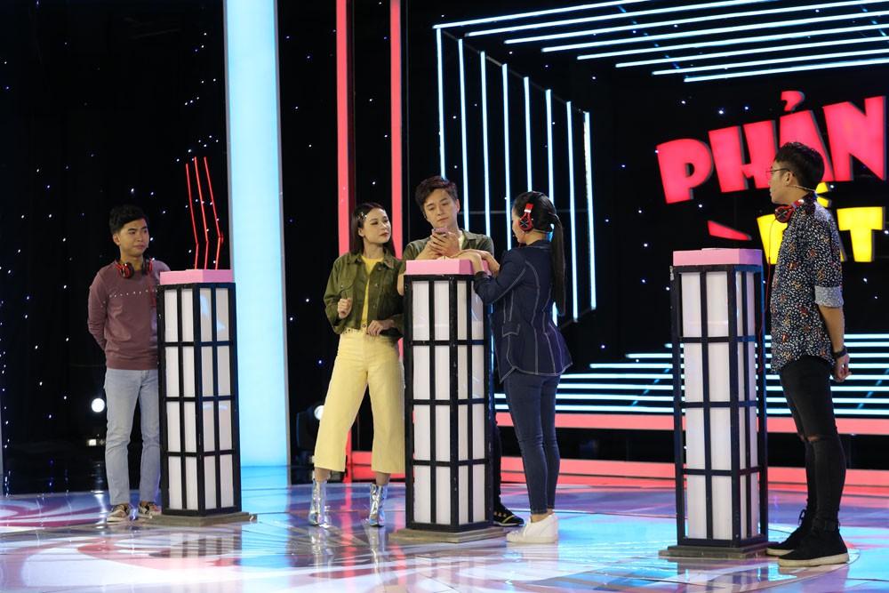 Minh Dự thả thính công khai trai đẹp trên sóng truyền hình - Ảnh 5.