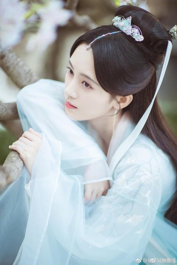 Tháng 4 này, màn ảnh Hoa ngữ có gì hấp dẫn? - Ảnh 19.