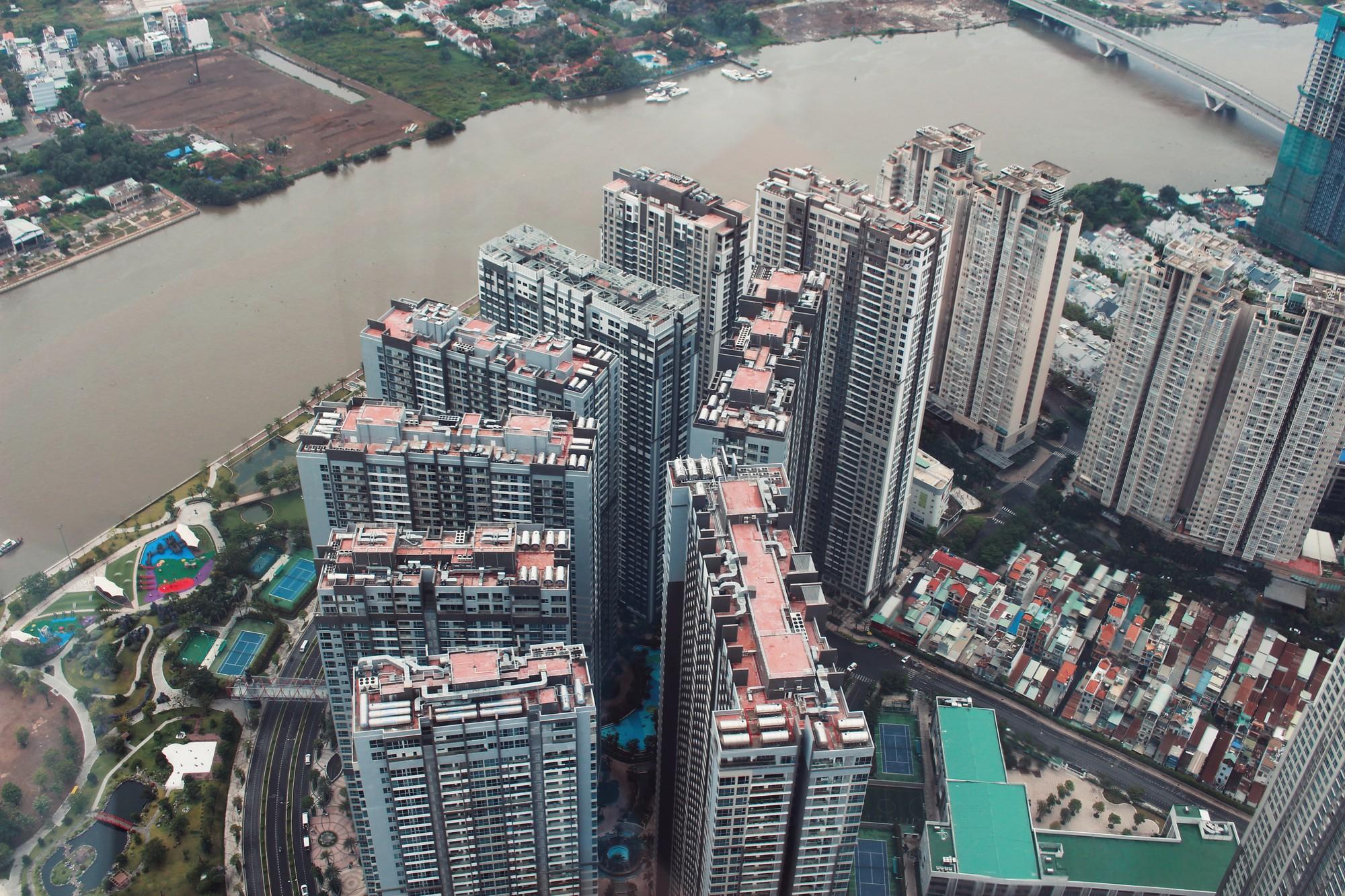 Phó Thủ tướng nói gì về 'rừng bê tông' chung cư cao tầng tranh nhau mọc ở nhiều tuyến đường Hà Nội và TP HCM? - Ảnh 1.