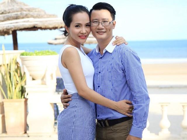 Ca sĩ Hoàng Bách hạnh phúc nói về bà xã: Đầu tư 3 năm, thu lời cô vợ nấu ăn ngon suốt 12 năm qua - Ảnh 1.