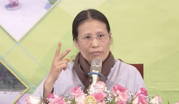 Facebook khóa tài khoản của bà Phạm Thị Yến chùa Ba Vàng  - Ảnh 2.