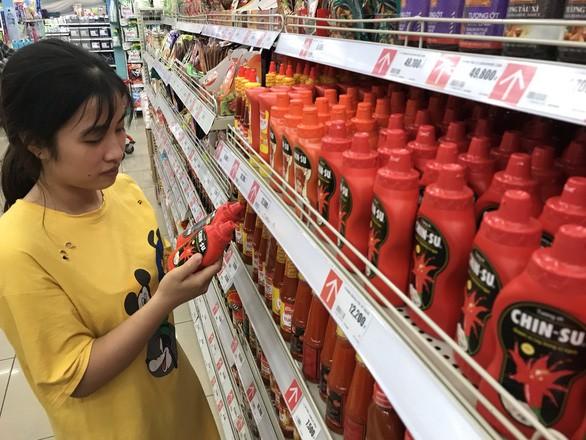 Tương ớt Chin-su bị thu hồi tại Nhật: Tiêu chuẩn Việt Nam thấp hơn? - Ảnh 1.