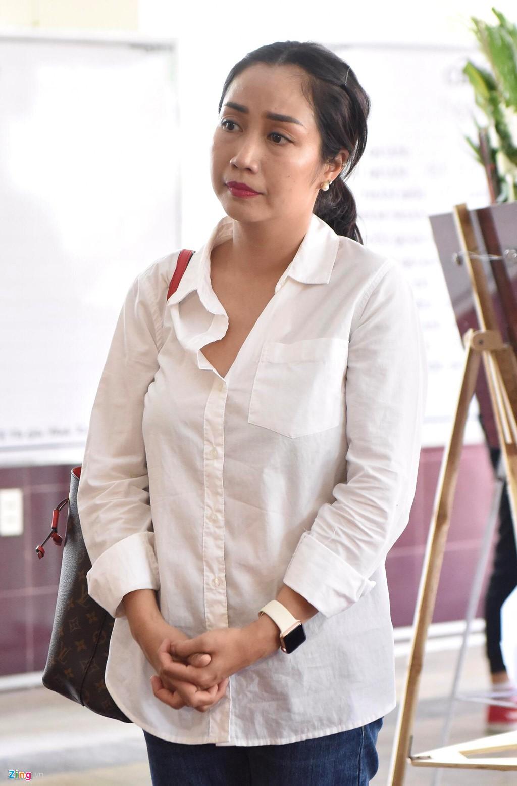 Nghệ sĩ Việt đau buồn khi tới viếng nghệ sĩ Lê Bình - Ảnh 7.