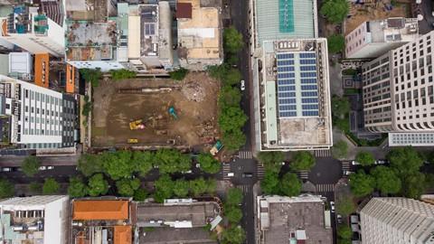 Đất vàng Sài Gòn hơn 20 năm vẫn chưa thi công xong phần... móng - Ảnh 2.