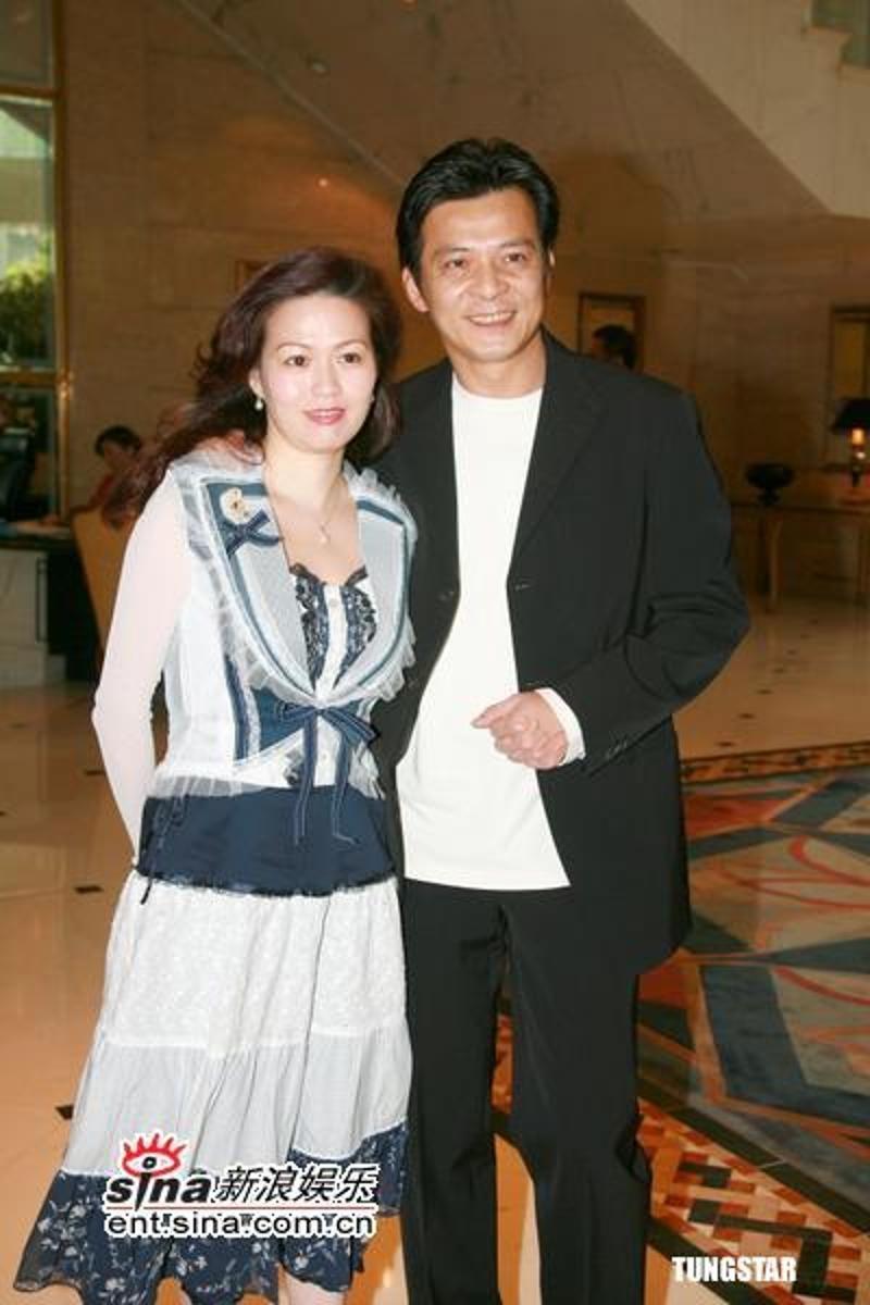 Tài tử TVB Huỳnh Nhật Hoa: Đánh đổi sự nghiệp, bán hết gia sản đổi lấy sức khỏe cho bà xã bị ung thư - Ảnh 5.