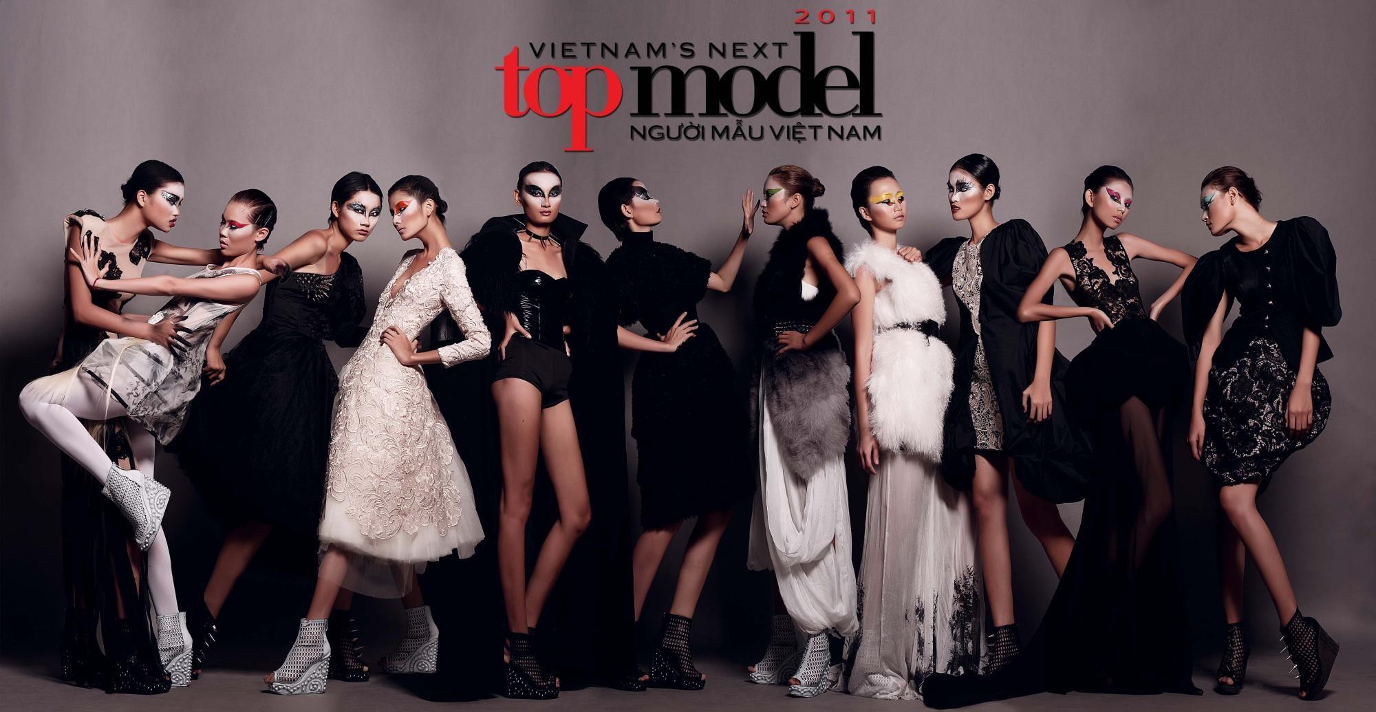 Nhìn lại poster ấn tượng của 8 mùa Vietnams Next Top Model và hé lộ điều bất ngờ ở mùa thứ 9 - Ảnh 2.