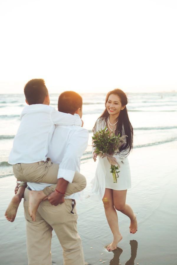 Út Ráng Kim Hiền: Từ nỗi đau bị chồng phản bội sau 2 tháng mặc áo cô dâu tới niềm hạnh phúc tìm thấy hoàng tử của đời mình sau 2 lần đò - Ảnh 4.