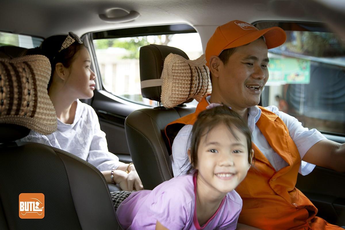 Dịch vụ Bạn uống tôi lái: Hầu hết khách khi say không nhớ nổi hoặc không thao tác được trên màn hình để đặt tài xế - Ảnh 2.