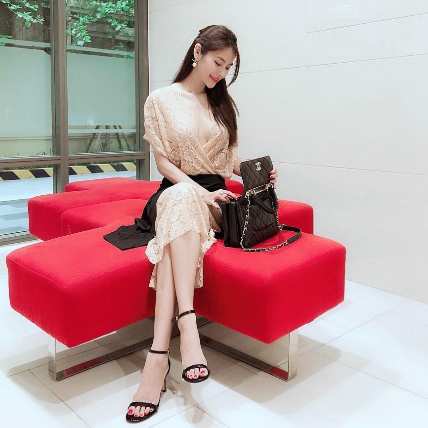 Sao Việt hôm nay (12/5): Tâm thư xúc động của Nhã Phương viết về mẹ, Lan Khuê xác nhận chuyện có em bé - Ảnh 10.