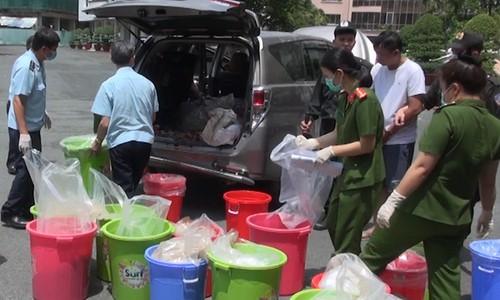 Kho ma tuý Ketamin 500 tỉ đồng ở Sài Gòn bị phát hiện thế nào? - Ảnh 4.