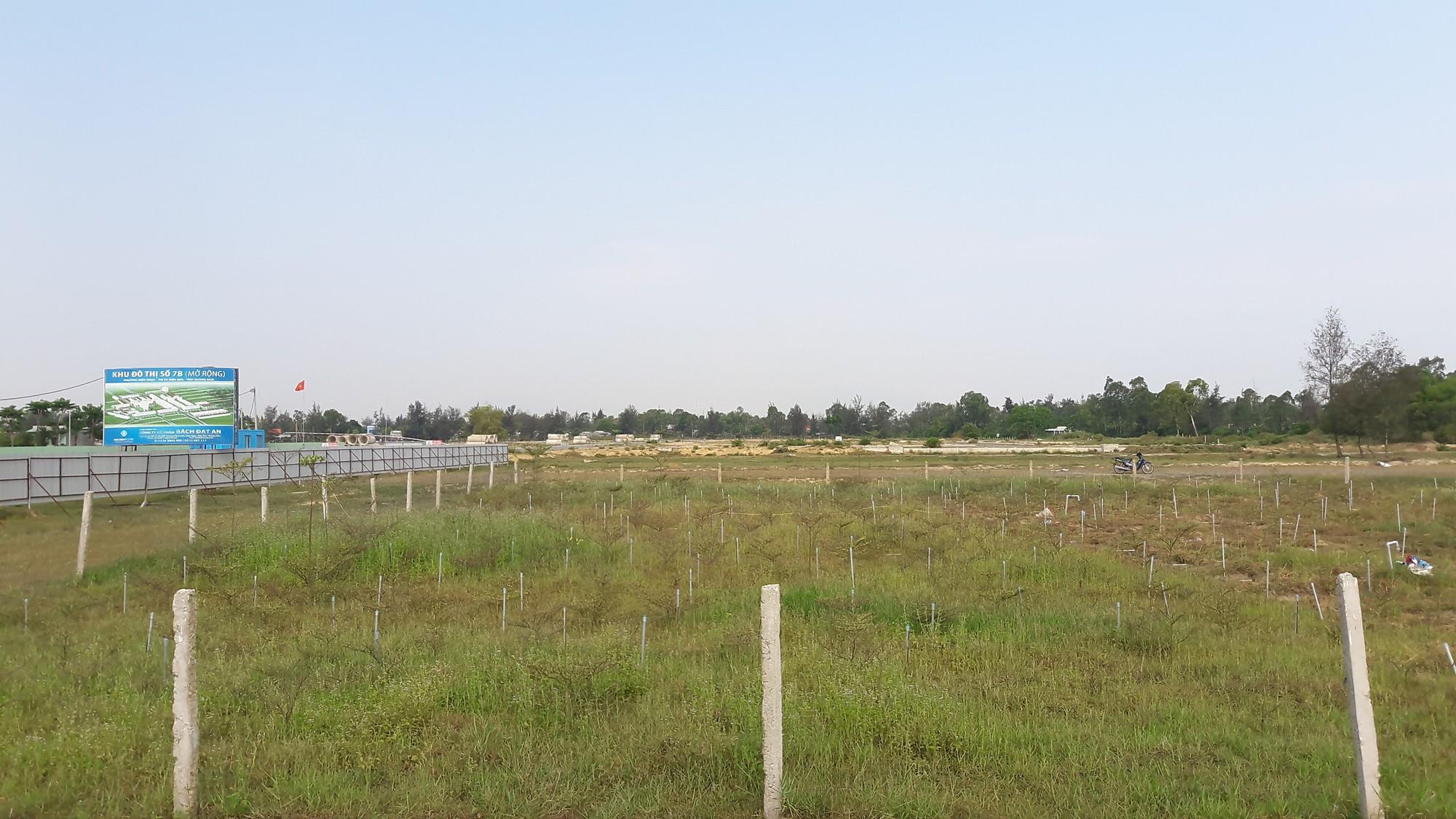 Cận cảnh khu đất của công ty Bách Đạt An ở Quảng Nam mà người dân rót tiền tỉ mua, lòng như lửa đốt đòi sổ đỏ - Ảnh 8.