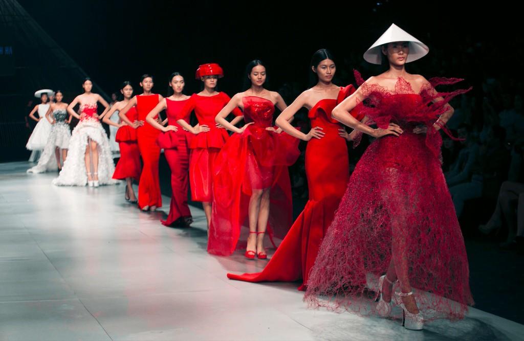 Hoàng Thùy: Cái kết sau 8 năm ở showbiz từ danh hiệu Quán quân Vietnams Next Top Model - Ảnh 7.