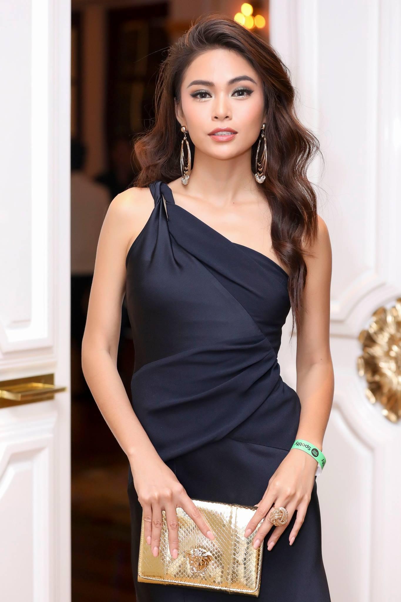 Những chiếc váy giúp Á hậu Mâu Thủy thăng hạng về phong cách - Ảnh 2.