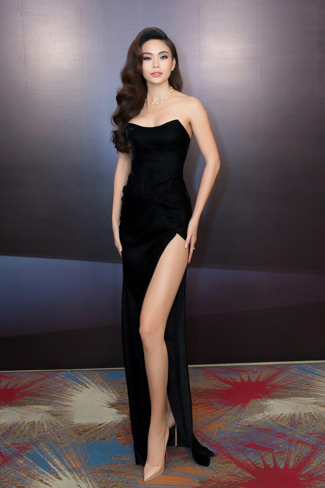 Những chiếc váy giúp Á hậu Mâu Thủy thăng hạng về phong cách - Ảnh 4.