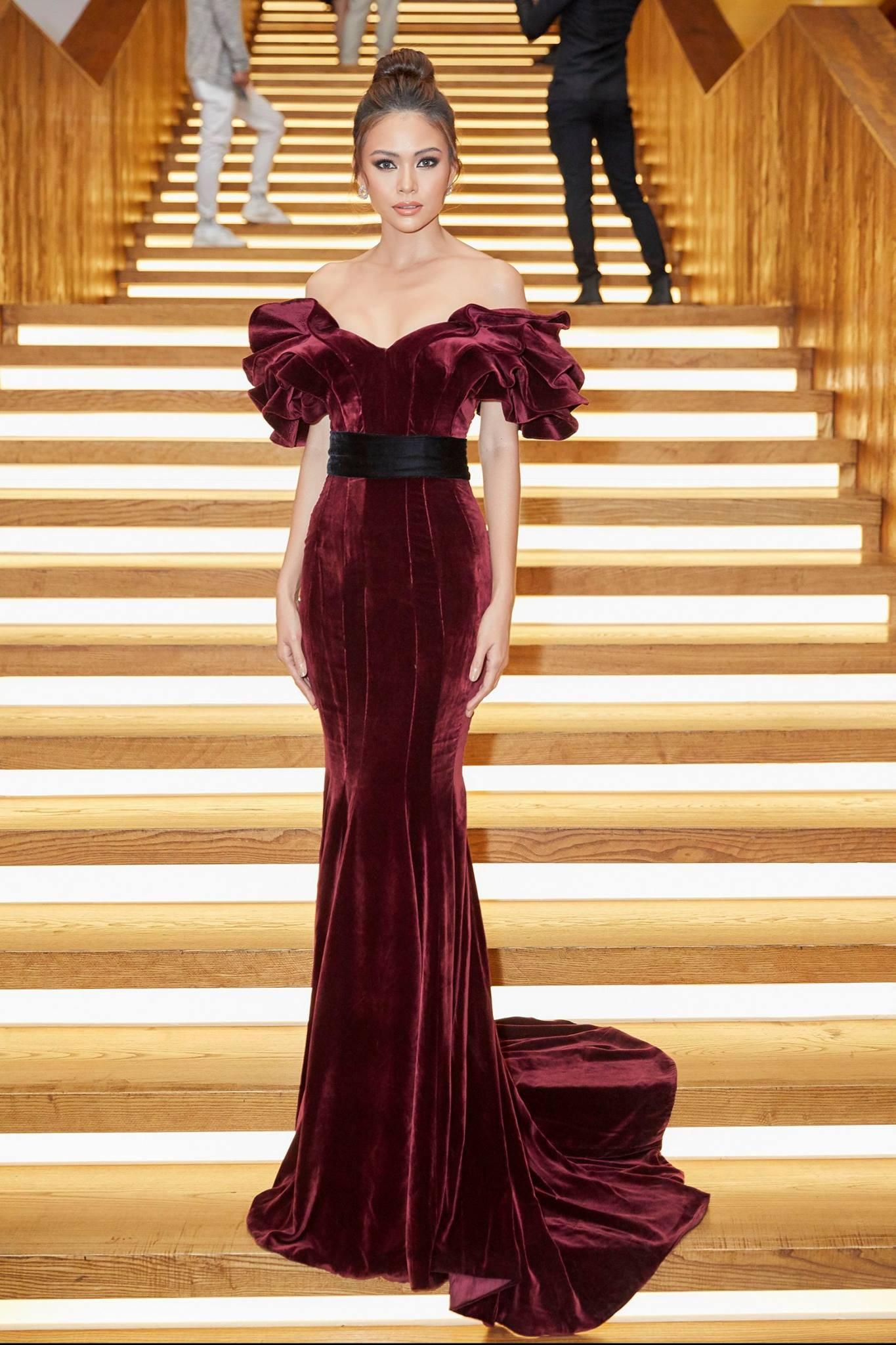 Những chiếc váy giúp Á hậu Mâu Thủy thăng hạng về phong cách - Ảnh 10.
