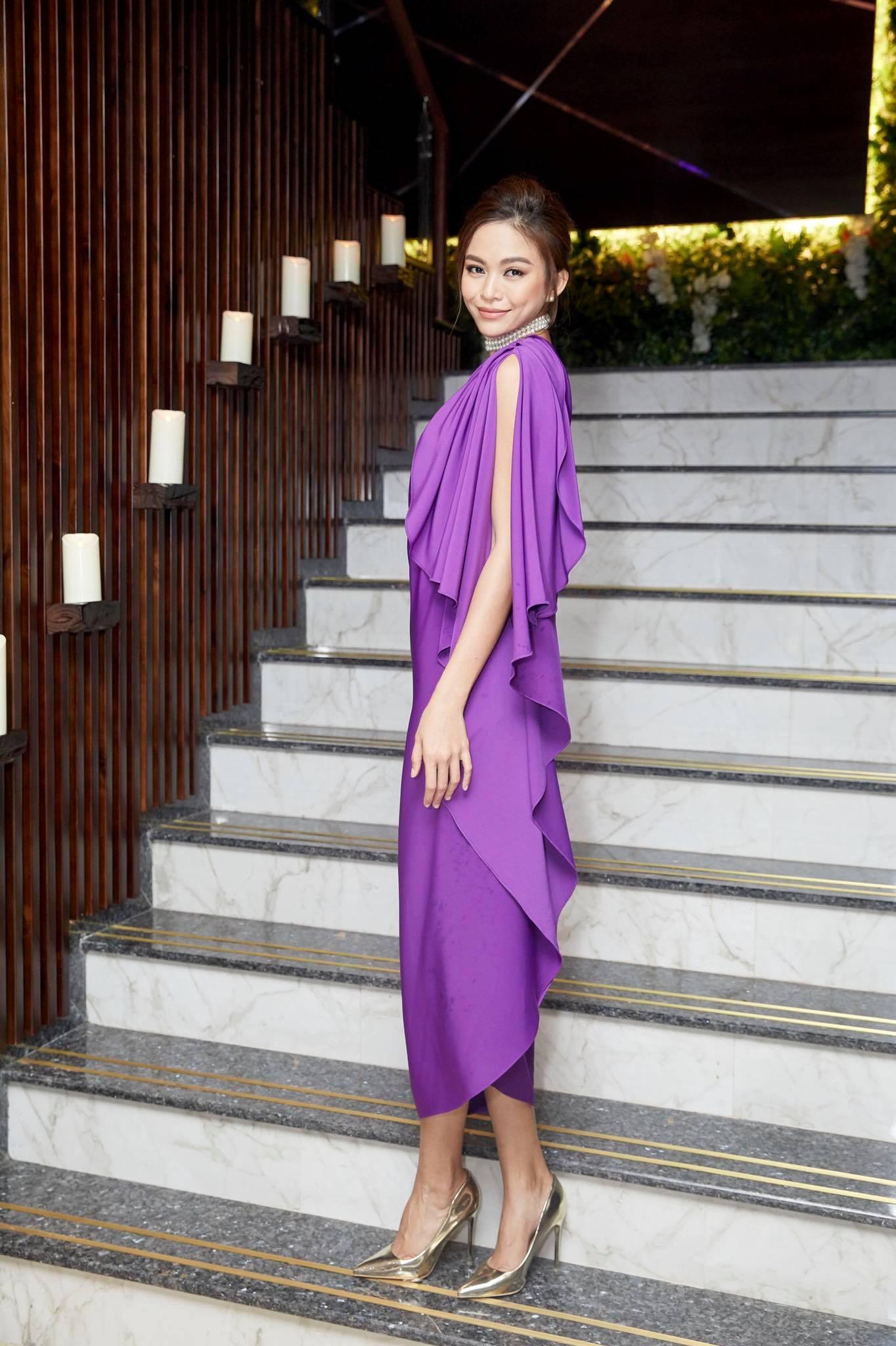 Những chiếc váy giúp Á hậu Mâu Thủy thăng hạng về phong cách - Ảnh 12.