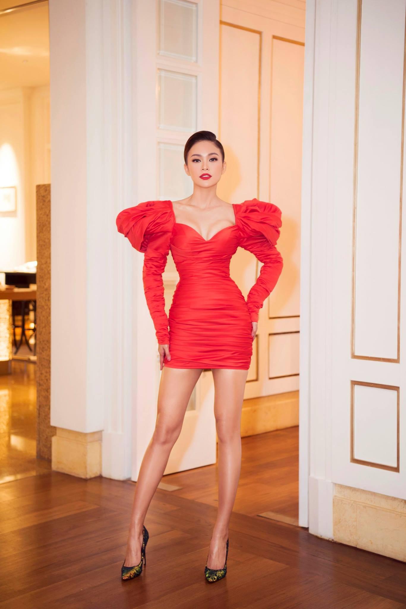 Những chiếc váy giúp Á hậu Mâu Thủy thăng hạng về phong cách - Ảnh 15.