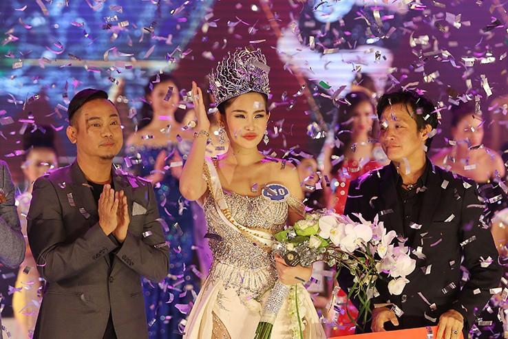 Sau lùm xùm của Ngân Anh, Hoa hậu Đại dương 2019 sang Mỹ tổ chức  - Ảnh 1.