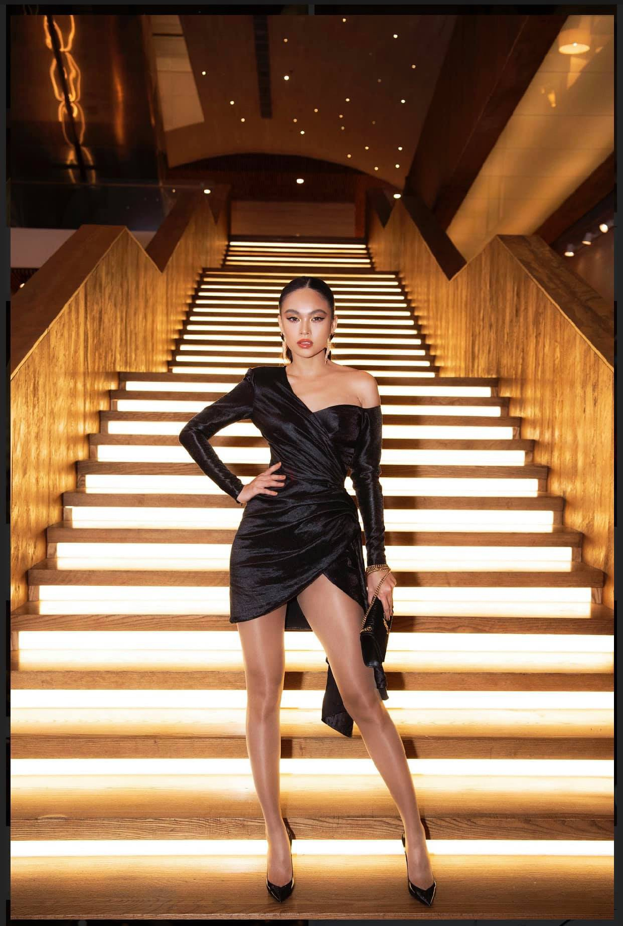 Những chiếc váy giúp Á hậu Mâu Thủy thăng hạng về phong cách - Ảnh 17.