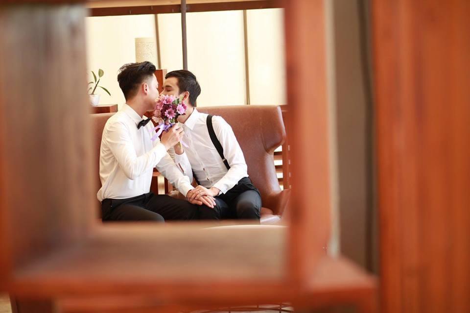 Lộ danh tính cô dâu - chú rể trong đám cưới đồng tính nam ở Kiên Giang mà dân mạng đang rần rần chia sẻ - Ảnh 10.