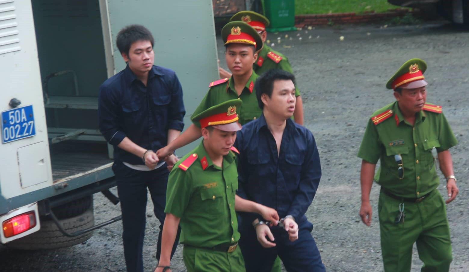 Kẻ hướng dẫn Văn Kính Dương điều chế ma túy cùng 9 người tạm thoát tội - Ảnh 4.