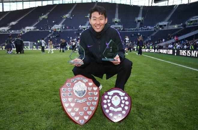 Son Heung-min giành cú đúp danh hiệu cá nhân cùng Tottenham - Ảnh 1.