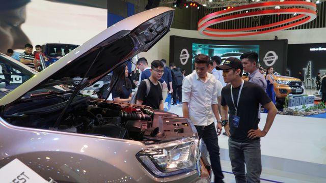 Xe giảm giá khủng 123 triệu đồng, mùa mua sắm xe hơi sắp tăng nhiệt - Ảnh 1.
