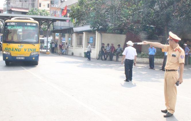 Phát hiện nhiều tài xế xe khách Hà Nội dính ma túy - Ảnh 2.